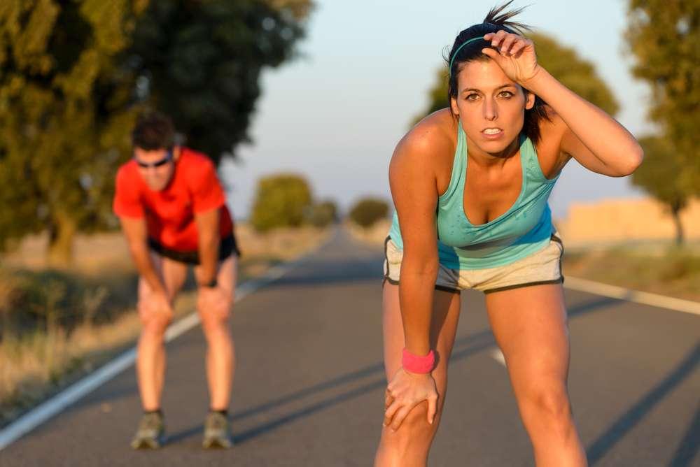 Sei un runner e vuoi evitare di buttare all'aria mesi di preparazione o di saltare la gara stessa, per colpa dei malanni di stagione?