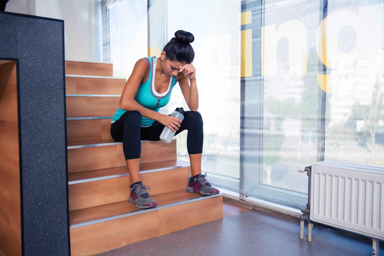 Fai attività fisica o sport e non vuoi doverti fermare per infortunio o malattia? Ecco tre straordinari nutrienti per difenderti da soste forzate e prolungate.